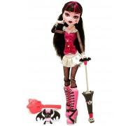 Кукла Monster High Дракулаура базовая с питомцем